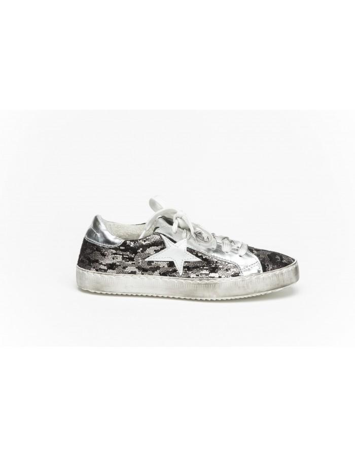 Ovyè - Sneakers camouflage colore grigio chiaro con stella bianca